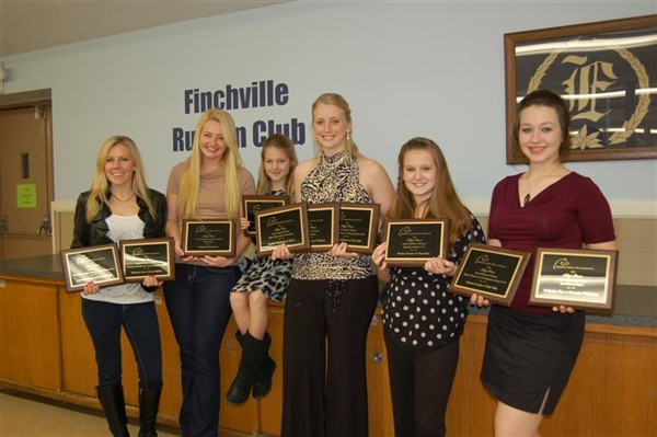 Firelight Arabians shows off their 2011 High Point awards!